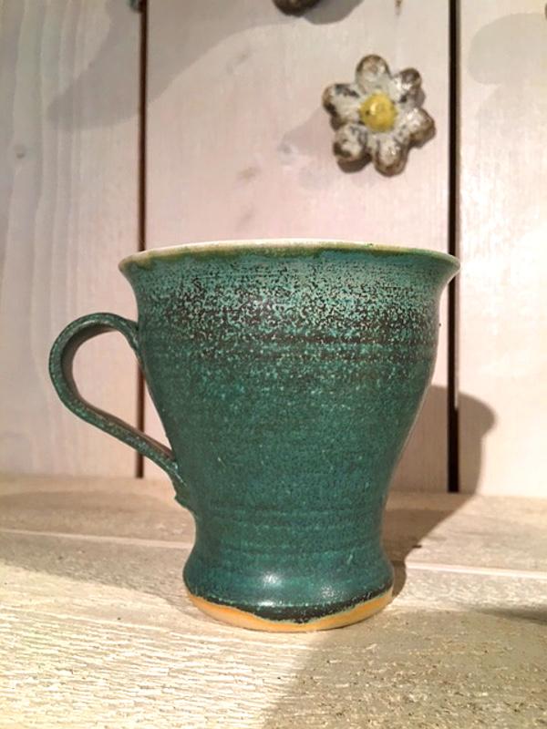 vackra keramikmuggar hos ellaskeramik